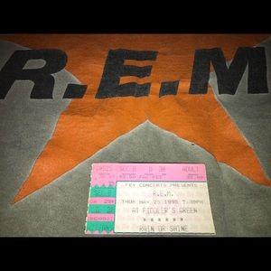 Original 1995 REM t-shirt bought at show.